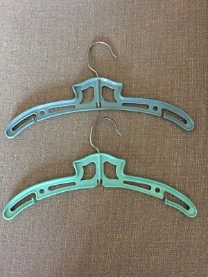 2 Henry Hanger Co New York City Hangers Blue Green Vintage Kids Rare HTF