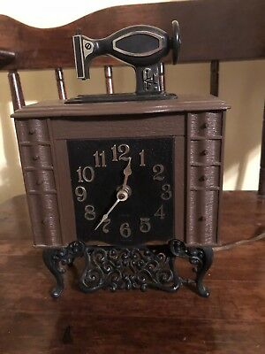 Vintage Working Spartus Antique Style Sewing Machine Clock