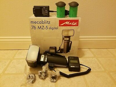Metz MZ 76252 METZ 76 MZ-5 Digital Handle Mount Flash with NiMH Battery SCA 3402
