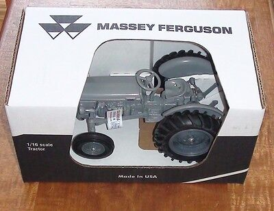 1948 Massey Ferguson To-20 Series Utility Tractor Diecast Scale 1/16 Made In Usa
