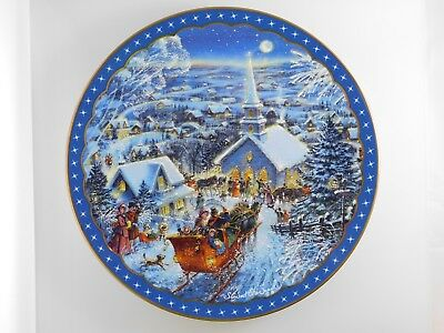 Dominion China - Heartfelt Traditions Collector's Plate - Joy to the World