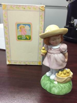 1985 Avon Easter Charm Little Girl Porcelain