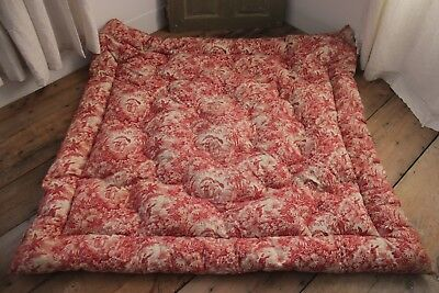 French feather quilt ~!! red toile de Jouy fabric vintage bedding textile