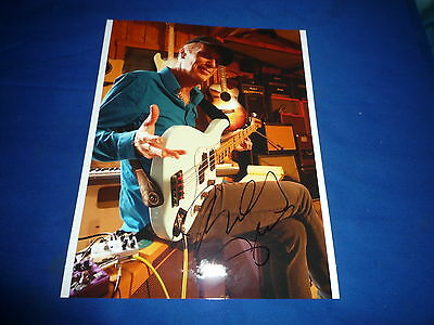 BILLY SHEEHAN  signed Autogramm 20x28 cm In Person