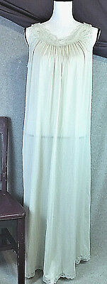 Shadowline Womens M Pale Green Night Gown Lingerie Negligee Lace Rose Vintage