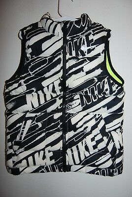 Nike Girls or Boys Puffy Vest - Size Medium (5-6 Years) - Black and White