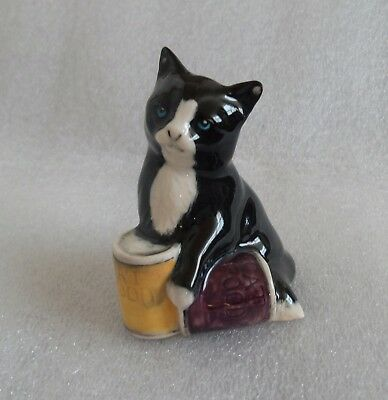 Vintage Royal Doulton England Black & White Cat Kitten Figurine With Food Cans
