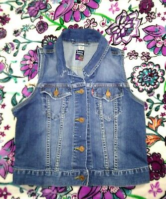 Girls Levi's jeans denim vest size youth Medium                             m