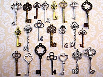 44 New Big Antique Vtg Old Faux Large Skeleton Keys Lot Pendant Heart Jewelry Q1