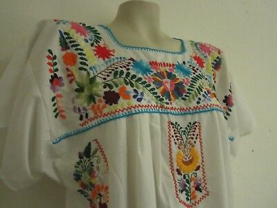 Vintage 1970s Mexican hand embroidered huipil Oaxacan dress womens M