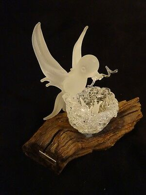 Vintage BIRD Sculpture FROSTED GLASS Feeding young MOUNTED , SIGNED & Numbered