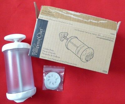 NIB PAMPERED CHEF COOKIE PRESS  #1526 with 10 DISCS