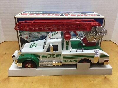 1994 Hess Toy Rescue Fire Truck - New In Box Vintage W Lights And Sounds