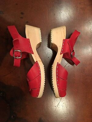 Lotta from Stockholm Swedish Clogs, Red Leather, Peep Toe, Low Heel, Size 39