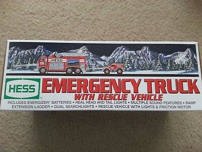 2005 Hess Truck  - Emergency Truck and Rescue Vehicle - with bag!