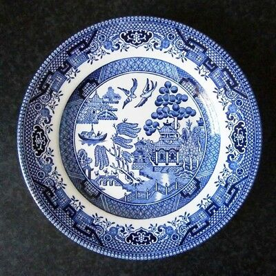 Vintage Churchill English China Classic Blue Willow Pattern Dinner Plate