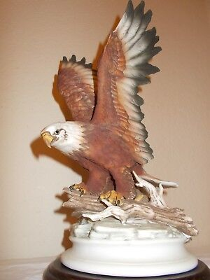 Home Interiors Masterpiece by Homco Porcelain Bald Eagle Statue Figurine 1986