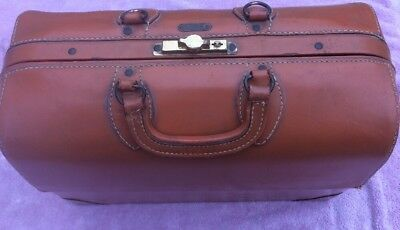 "Emdee Schell Leather Doctors Medical Bag With Compartments 17"" Long Vintage"