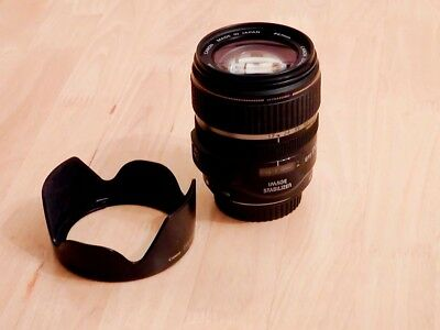 Canon EF-S 17-85mm f/4-5.6 IS USM With Hood.