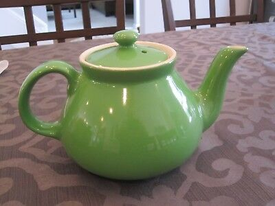 """Vintage HALL lime Green Tea Pot with Lid - About 5"""" Tall Super nice!"""