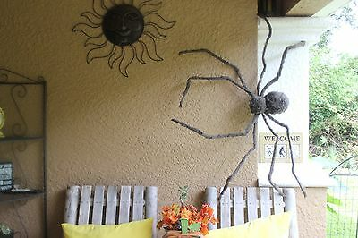 REALISTIC HAIRY SPIDER JUMBO GIANT GLOWING EYES Prop Halloween NEW Haunted House