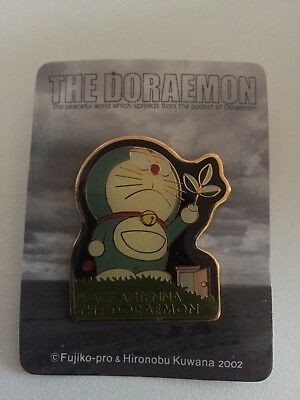 THE DORAEMON Pin Badge Peace antenna pins 2002 Doraemon exhibition limited