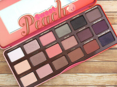 PALETTE HOT SWEET PEACH 18 colors Eye Shadow Collection