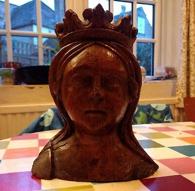 A Fine Rare Early 16Th Century English Carved Oak Head Of A Queen C1500
