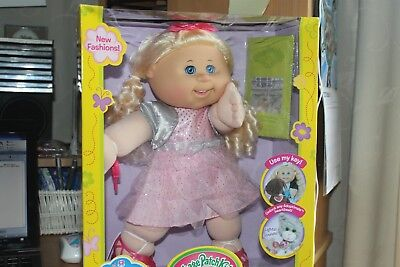 CABBAGE PATCH KIDS Macy Alaina February 6th