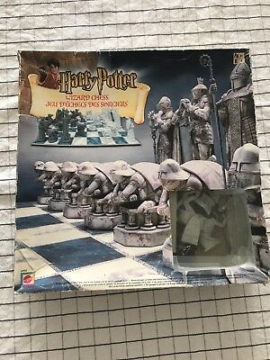 Harry Potter Wizard Chess Game - Mattel 2002 - Bonus Chess for Beginners book