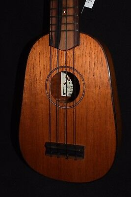 MELE HANDMADE SOLID MAHOGANY Pineapple SOPRANO UKULELE; Beautiful. Sweet sound.