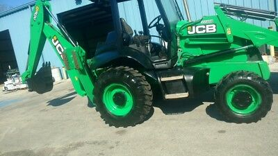 JCB Back Hoe Tractor 2011 Green Excellent Condition