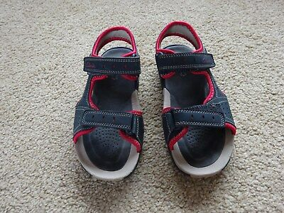 8d7017eacd7 BOYS CLARKS BLUE and Red Sandals, Size 12.5G - £10.00 | PicClick UK