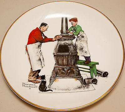 """Norman Rockwell Collectable Plate """"A Helping Hand"""" (Very Good)"""