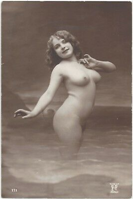 1920 French NUDE Photograph - Youthful, Curvy Fernande
