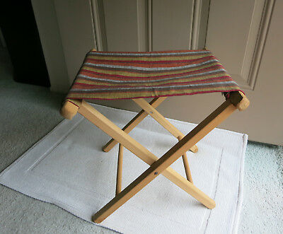 Magnificent Vtg Wooden Folding Camping Fishing Stool With Striped Evergreenethics Interior Chair Design Evergreenethicsorg