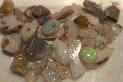 NATURAL. Large Opal CHIPS. Australia . Beautiful. Approx 85 cts. Bright