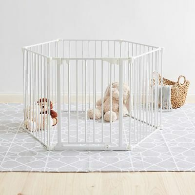 NEW Target Convertible Safety Gate 3-In-1 Play Yard Barrier