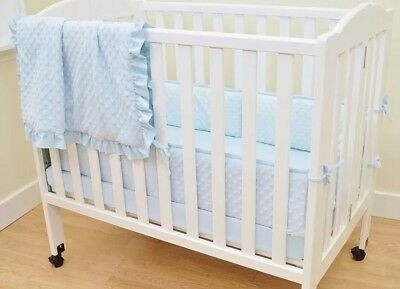 American Baby Company Heavenly Soft Minky Dot Portable/MiniCrib Bumper & Blanket