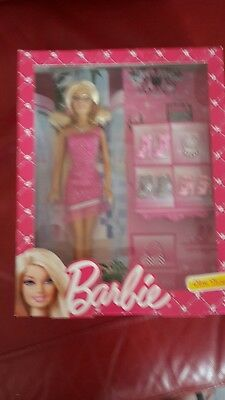 Barbie Glam Shoes Playset
