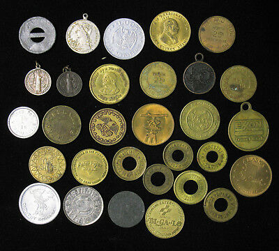 Lot of 30 Tokens Good For Sales Tax Pendant Fob The House on a Rock Country Boy