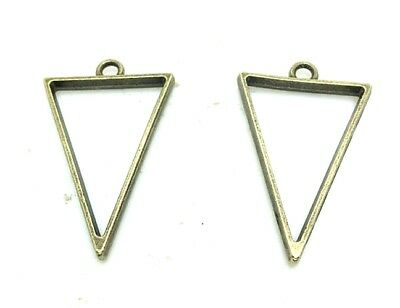 10pcs Antique Silver/Bronze Filigree Diamond Triangle Charm Pendants