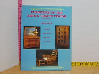 Furniture of the Arts & Crafts Period with Prices (1992, Paperback)