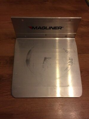 Magliner extruded aluminium nose 12inch x 11.5inch recessed mount