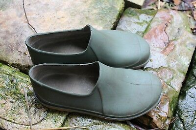 Gardening Clogs Green  Size 37/6 Womens   22.5 cm inside