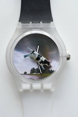 Twister flying cow tornado watch -  Retro 80s vintage style designer watch