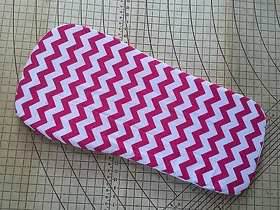Bugaboo Buffalo fitted sheet for carrycot bassinet Pink Chevron