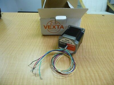 New Vexta PK264M-01A 2-Phase 0.9 Degree / Stepping Motor DC 1A