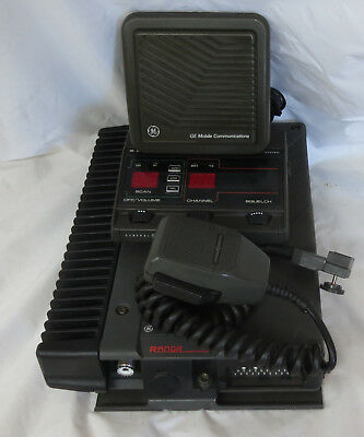 General Electric Uhf Rangr Two-Way Mobile Complete W/ Accesories