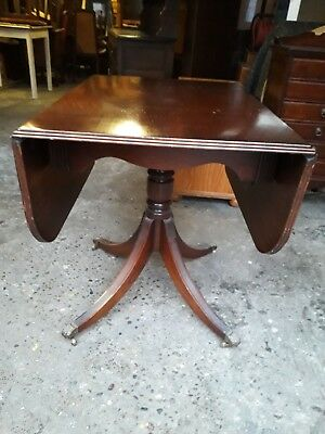 Regency Style Mahogany Single Pedestal Drop-Leaf Table On Castors